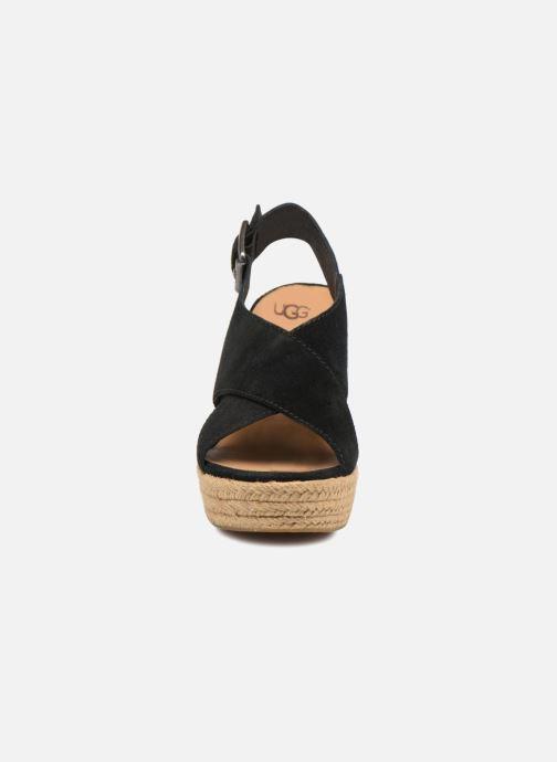 Scarpe di corda UGG Harlow Nero modello indossato