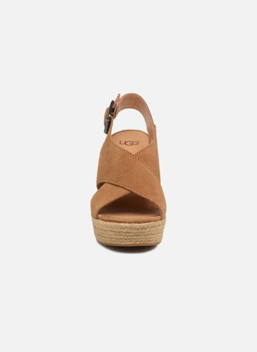Espadrilles UGG Harlow Marron vue portées chaussures