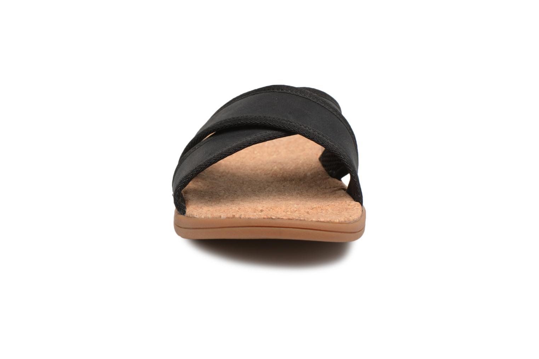Sandales et nu-pieds UGG Seaside Slide Noir vue portées chaussures
