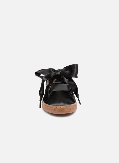 Baskets Puma Suede Heart VS Wn's Noir vue portées chaussures