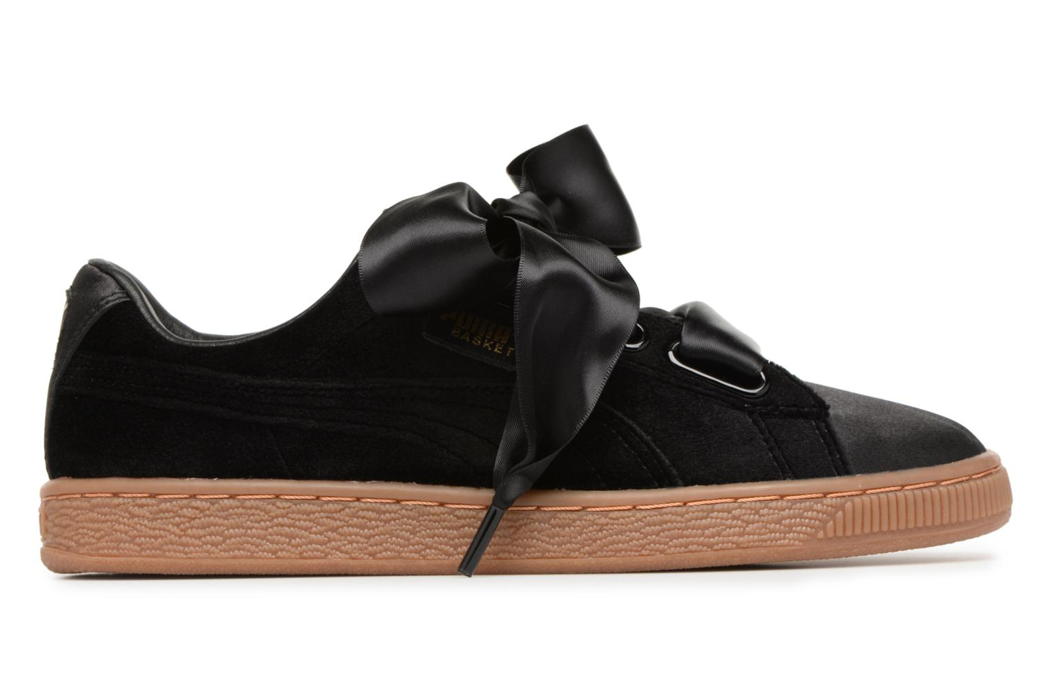 Sneakers Puma Suede Heart VS Wn's Sort se bagfra