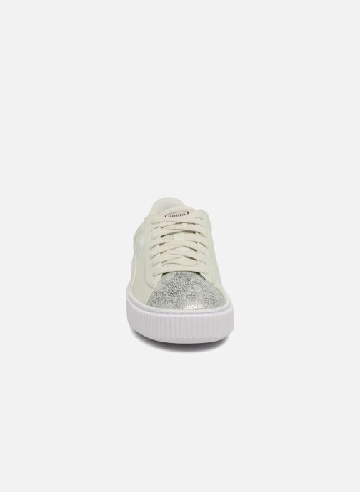 Sneakers Puma Basket Platform Canvas Wn's Verde modello indossato