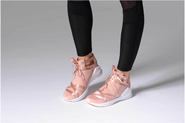 Chaussures de sport Puma Fierce Rope Satin EP Wn's Rose vue bas / vue portée sac