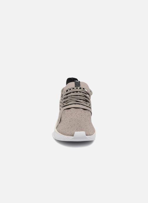 Sneaker Puma TSUGI NETFIT v2 evoKNIT grau schuhe getragen