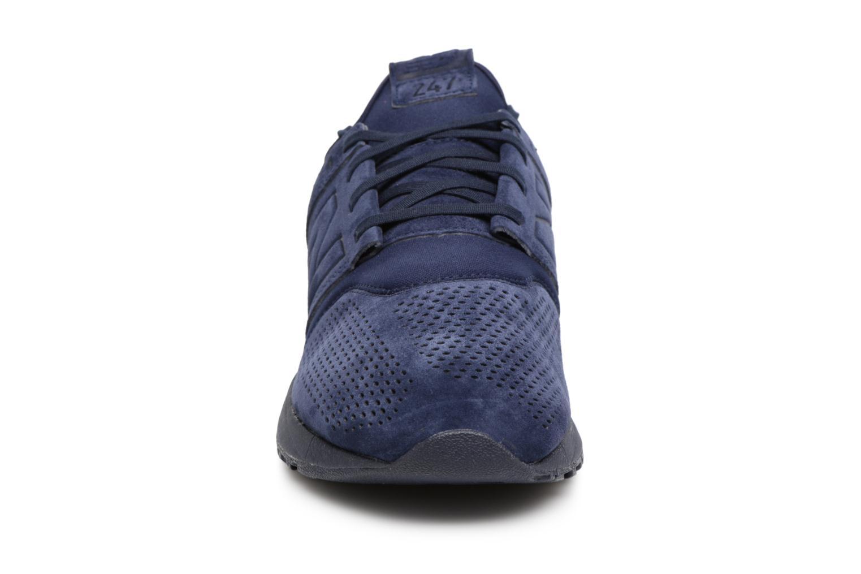 Baskets New Balance MRL247 D Bleu vue portées chaussures
