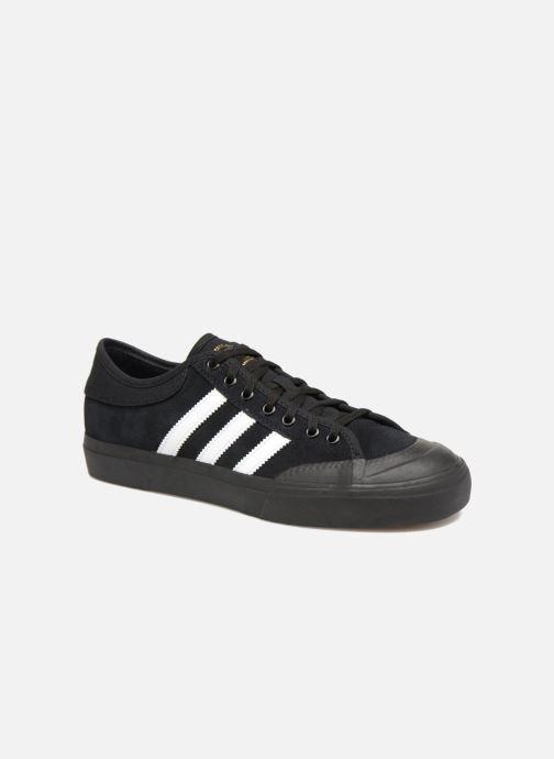 Chaussures de sport adidas performance Matchcourt Noir vue détail/paire