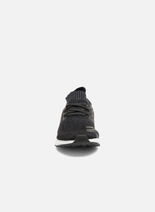 Scarpe sportive adidas performance Ultraboost Uncaged Nero modello indossato