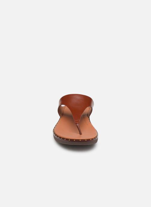 Mules et sabots FitFlop Banda II Marron vue portées chaussures