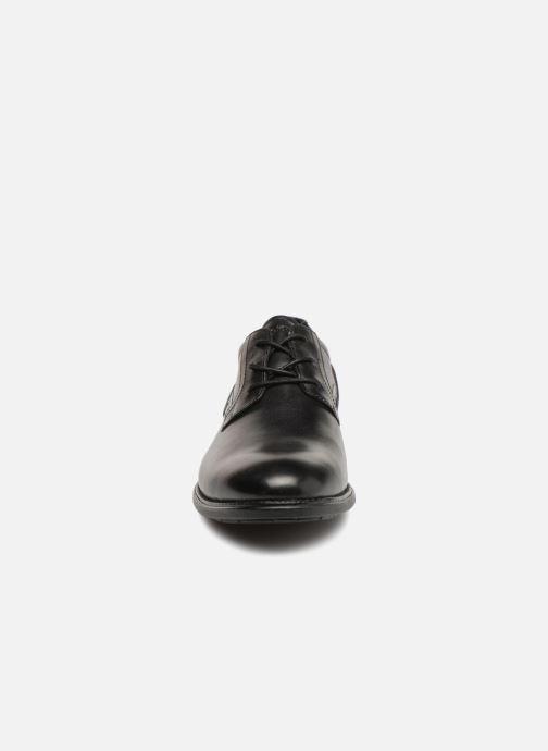 Scarpe con lacci Rockport Madson Plain Toe C Nero modello indossato