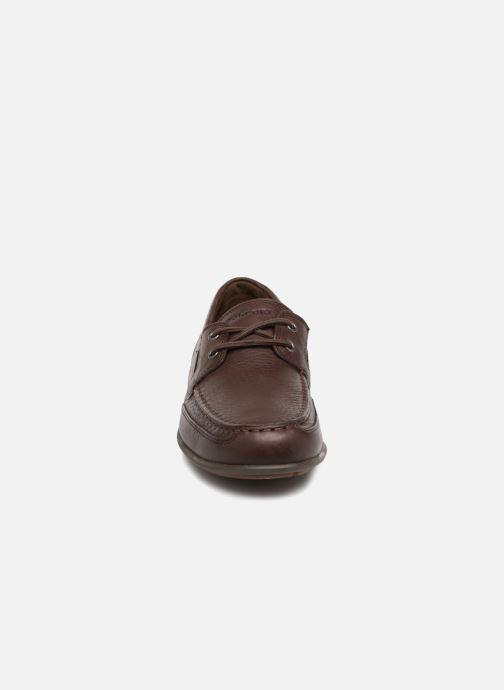 Scarpe con lacci Rockport Bl4 Boat Shoe Marrone modello indossato