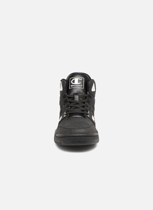 Sneakers Champion Mid Cut Shoe 3 ON 3 PU Zwart model