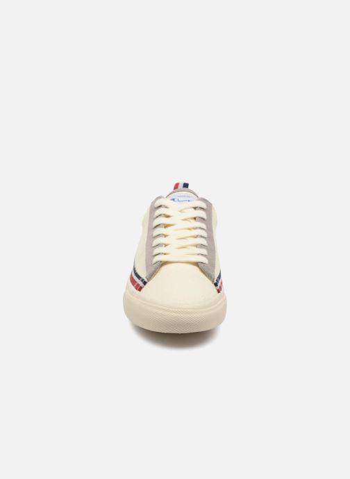 Baskets Champion Low Cut Shoe MERCURY LOW CANVAS W Blanc vue portées chaussures