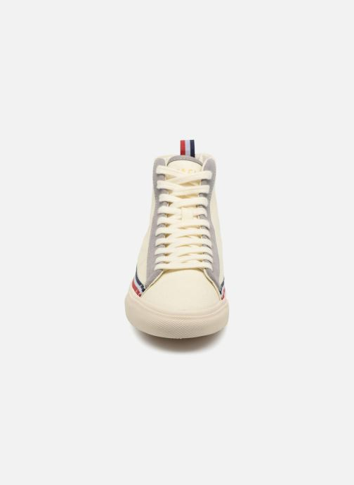 Baskets Champion Mid Cut Shoe MERCURY MID CANVAS W Blanc vue portées chaussures