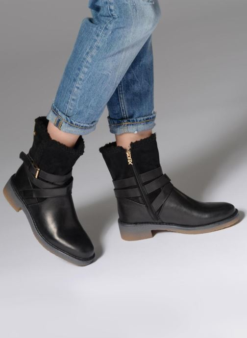 Ankle boots Xti 047523 Black view from underneath / model view