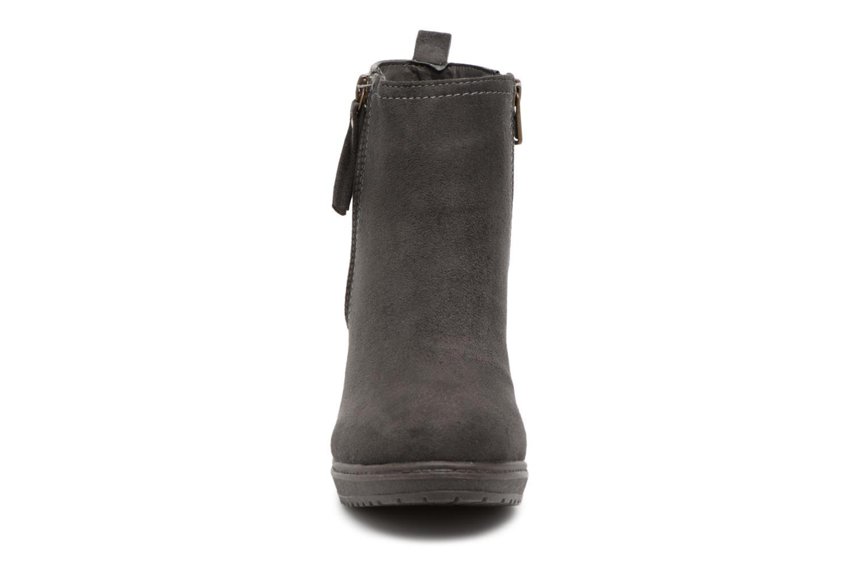 Bottines et boots Refresh 63704 Gris vue portées chaussures