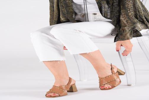 Sandales et nu-pieds Georgia Rose Loclou Marron vue bas / vue portée sac
