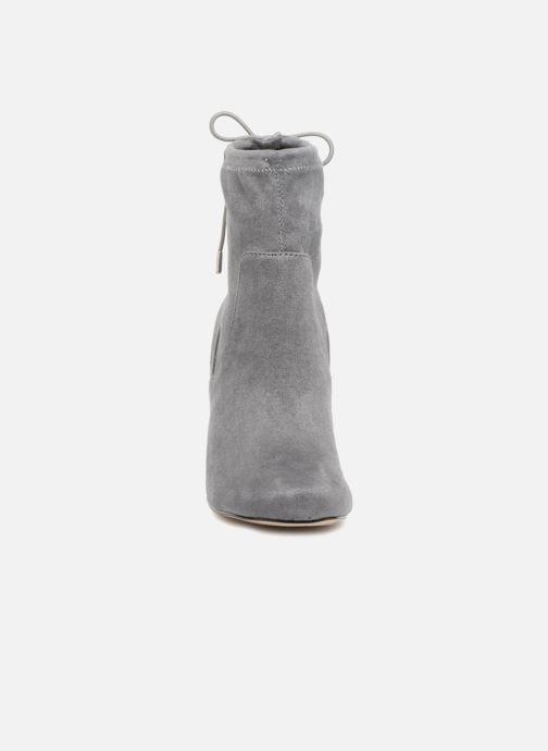 Bottines et boots Steve Madden Rome Ankleboot Gris vue portées chaussures