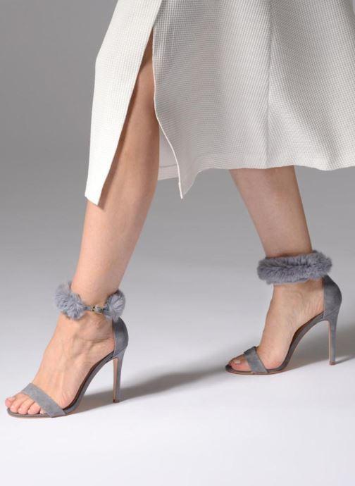 Sandales et nu-pieds Steve Madden Stelah Sandal Gris vue bas / vue portée sac
