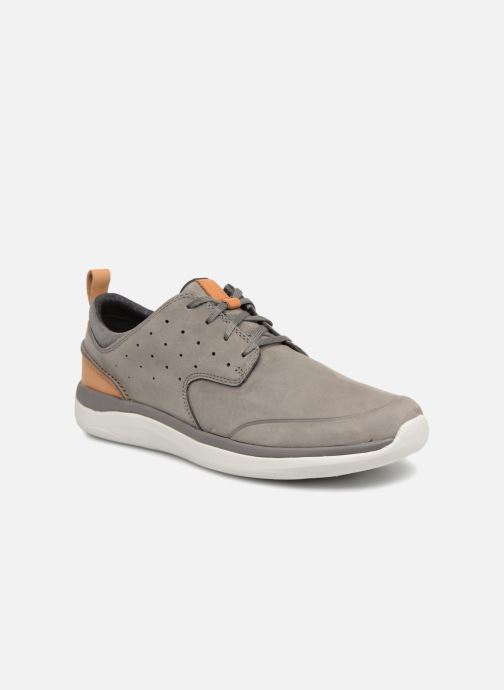 Trainers Clarks Garratt Lace Grey detailed view/ Pair view
