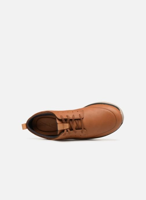 Trainers Clarks Garratt Lace Brown view from the left