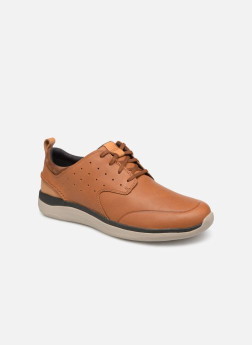 Trainers Clarks Garratt Lace Brown detailed view/ Pair view