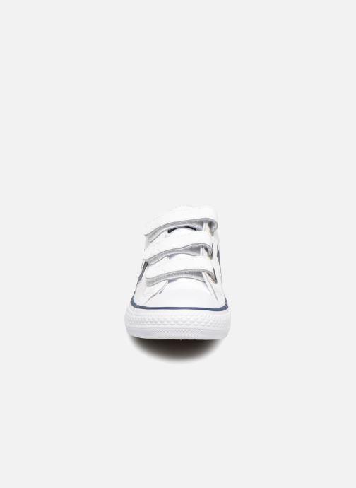 Sneakers Converse Star Player EV V Back To School Ox Bianco modello indossato