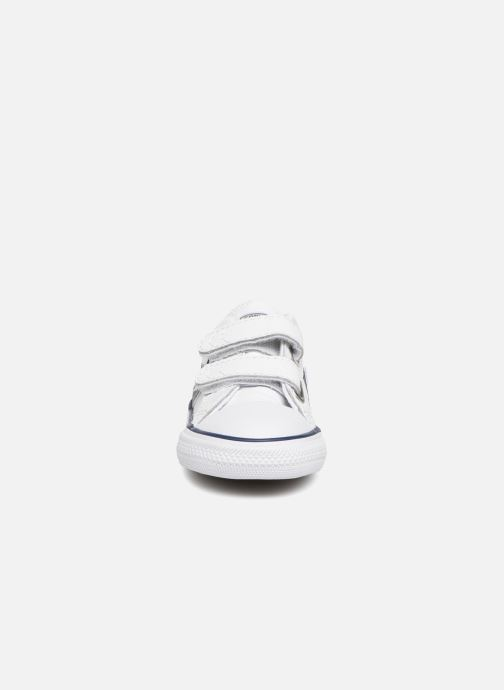 Baskets Converse Star Player EV 2V Back To School Ox Blanc vue portées chaussures