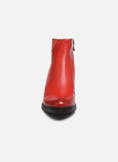Bottines et boots Laura Vita Angela 12 Rouge vue portées chaussures
