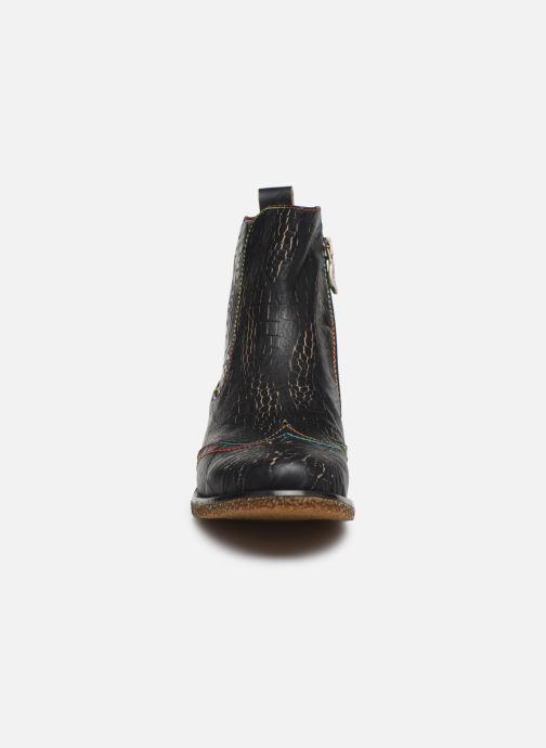 Bottines et boots Laura Vita Coralie 06 Noir vue portées chaussures