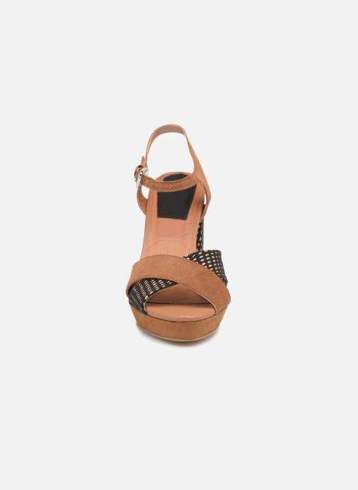 Sandales et nu-pieds Gioseppo RANUKA Marron vue portées chaussures