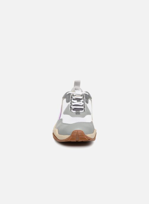 Baskets Puma Thunder Electric W Blanc vue portées chaussures