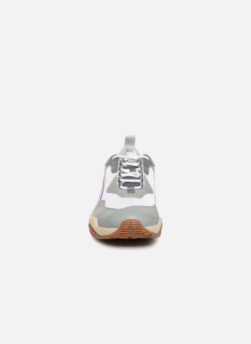 Sneakers Puma Thunder Electric W Bianco modello indossato