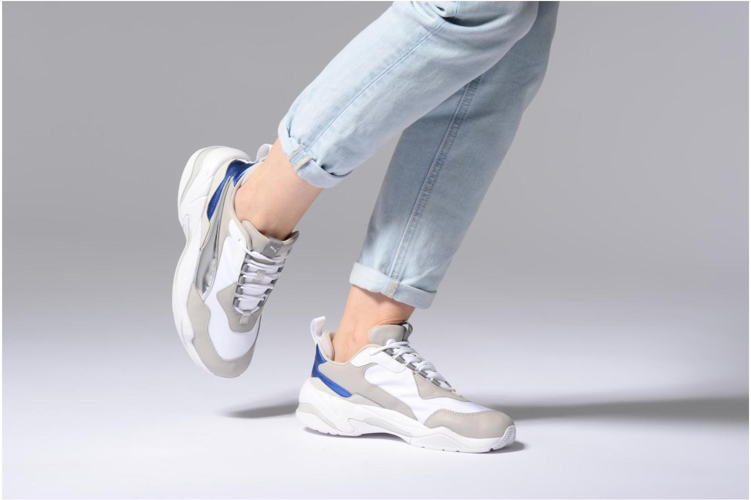 Baskets Puma Thunder Electric W Blanc vue bas / vue portée sac