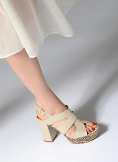 Sandales et nu-pieds Elizabeth Stuart Byr 721 Beige vue bas / vue portée sac