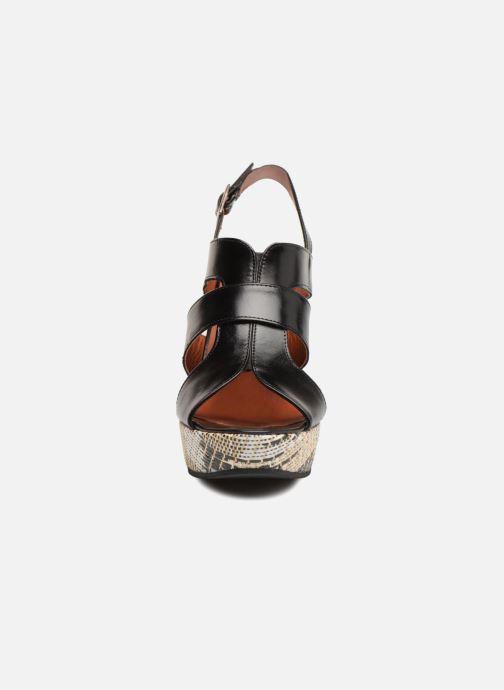 Sandales et nu-pieds Elizabeth Stuart Byr 721 Noir vue portées chaussures
