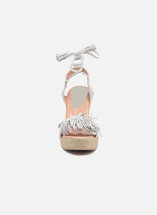 Sandales et nu-pieds Elizabeth Stuart Clarice 630 Gris vue portées chaussures