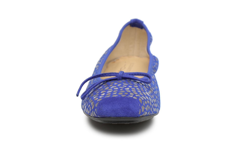 Ballerines Elizabeth Stuart York 310 Bleu vue portées chaussures