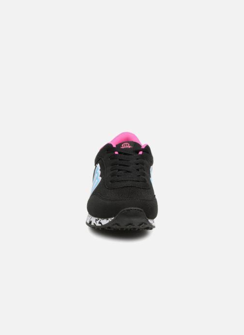 Baskets MTNG 56406 Noir vue portées chaussures