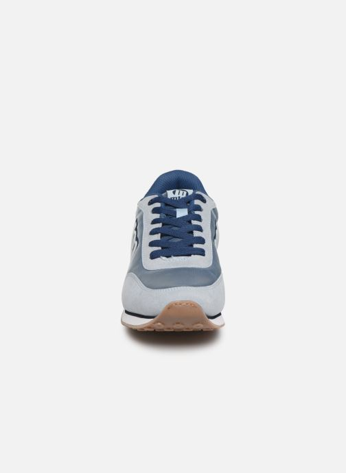 Baskets MTNG 56406 Bleu vue portées chaussures