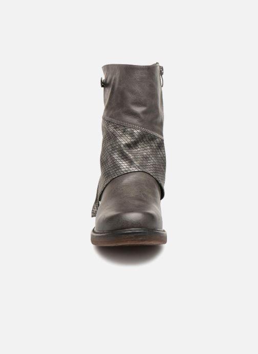 Bottines et boots Kaporal Shanahee Gris vue portées chaussures