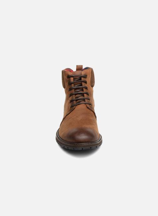 Bottines et boots Kaporal Lieda Marron vue portées chaussures