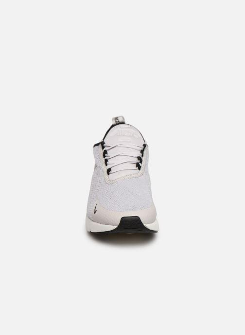 Sneaker Nike W Air Max 270 weiß schuhe getragen