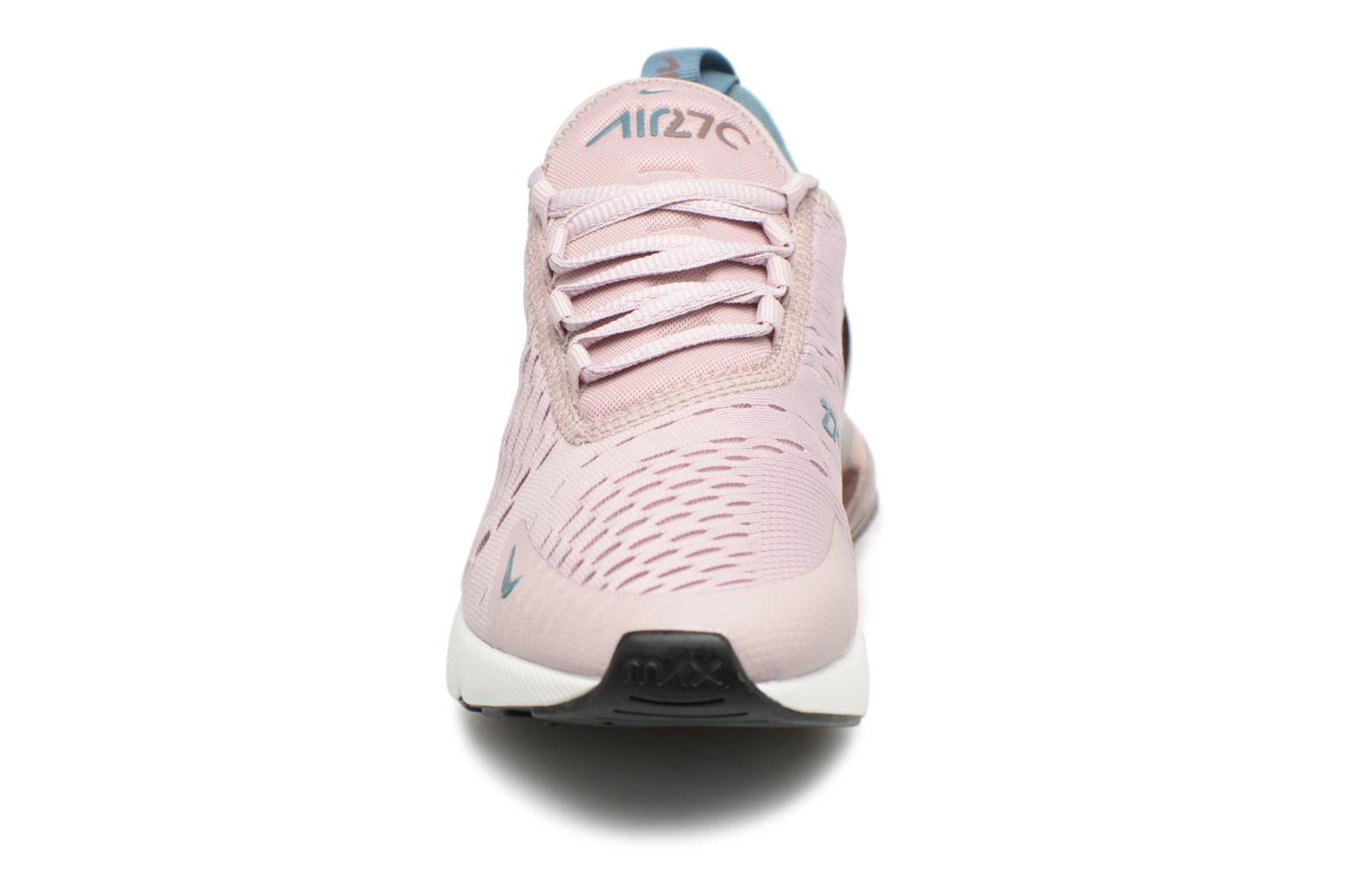 Sneakers Nike W Air Max 270 Rosa modello indossato