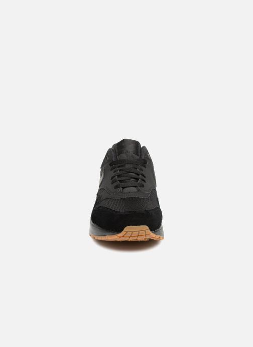 Sneaker Nike Nike Air Max 1 schwarz schuhe getragen