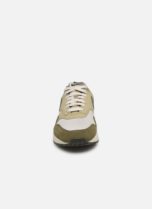 Sneaker Nike Nike Air Max 1 grün schuhe getragen