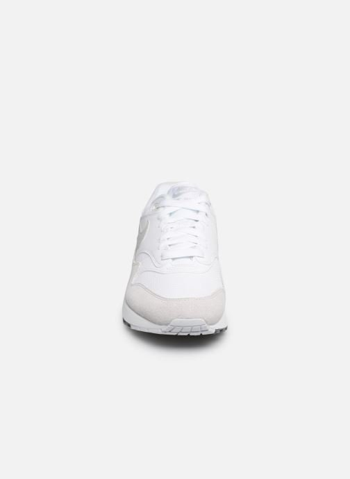 Trainers Nike Nike Air Max 1 White model view