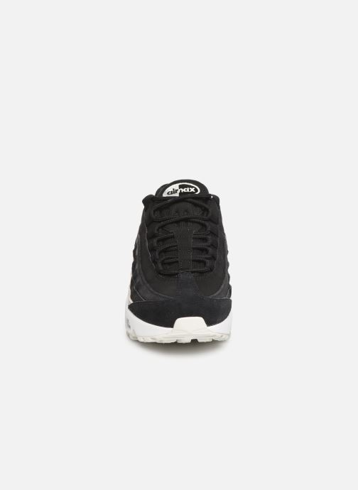 Sneakers Nike Wmns Air Max 95 Prm Nero modello indossato