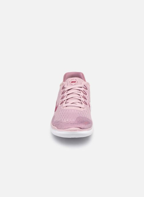 Sportssko Nike Wmns Nike Free Rn 2018 Pink se skoene på