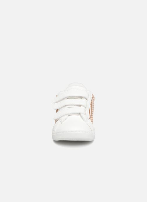 Baskets Le Coq Sportif Courtset Woven Inf Blanc vue portées chaussures