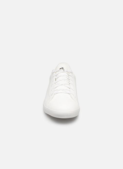 Sneakers Le Coq Sportif Agate Premium Bianco modello indossato